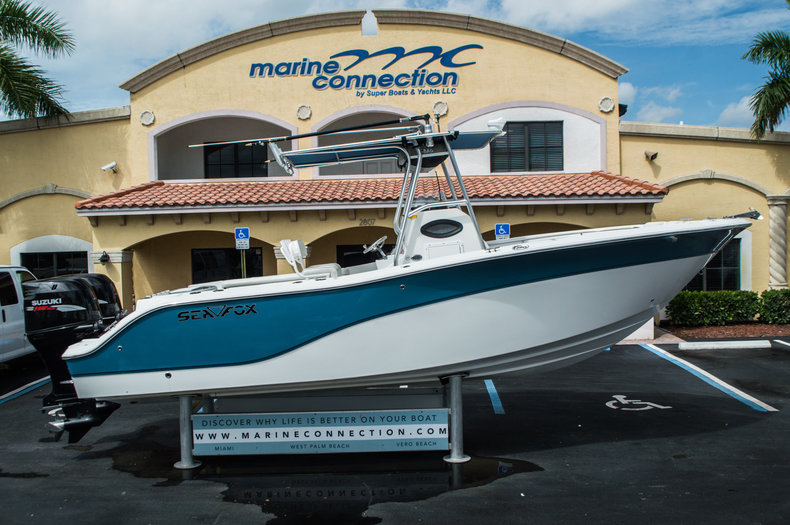 Used 2008 Sea Fox 256 Center Console boat for sale in West Palm Beach, FL