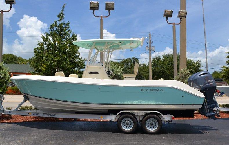 New 2015 Cobia 256 Center Console boat for sale in Vero Beach, FL