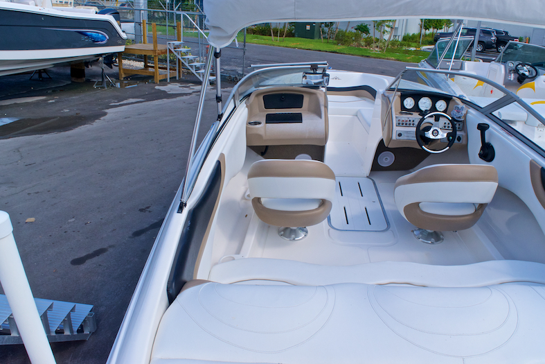 Thumbnail 13 for Used 2008 Mariah SX21 Bowrider boat for sale in Miami, FL