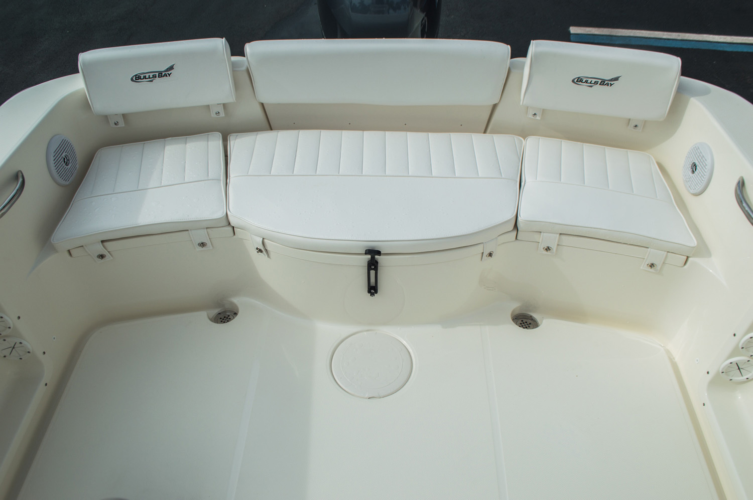 Thumbnail 32 for New 2016 Bulls Bay 230 CC Center Console boat for sale in West Palm Beach, FL