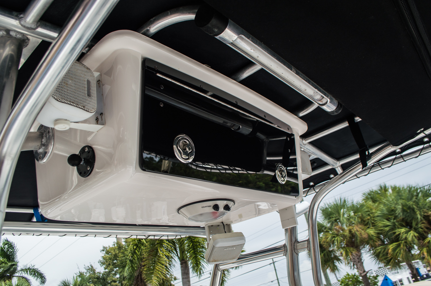 Thumbnail 34 for Used 2006 Century 2400 Center Console boat for sale in West Palm Beach, FL