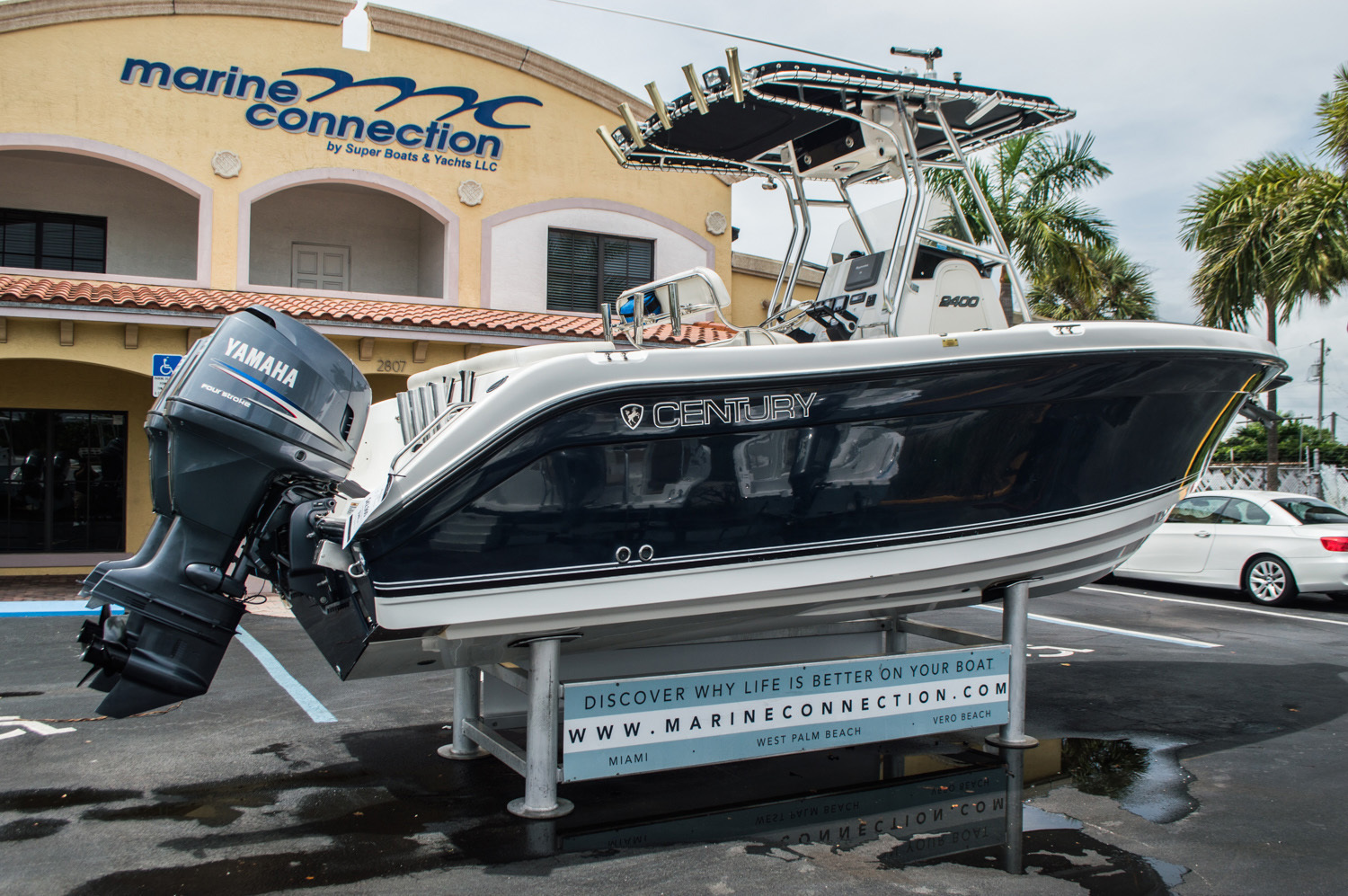Thumbnail 7 for Used 2006 Century 2400 Center Console boat for sale in West Palm Beach, FL