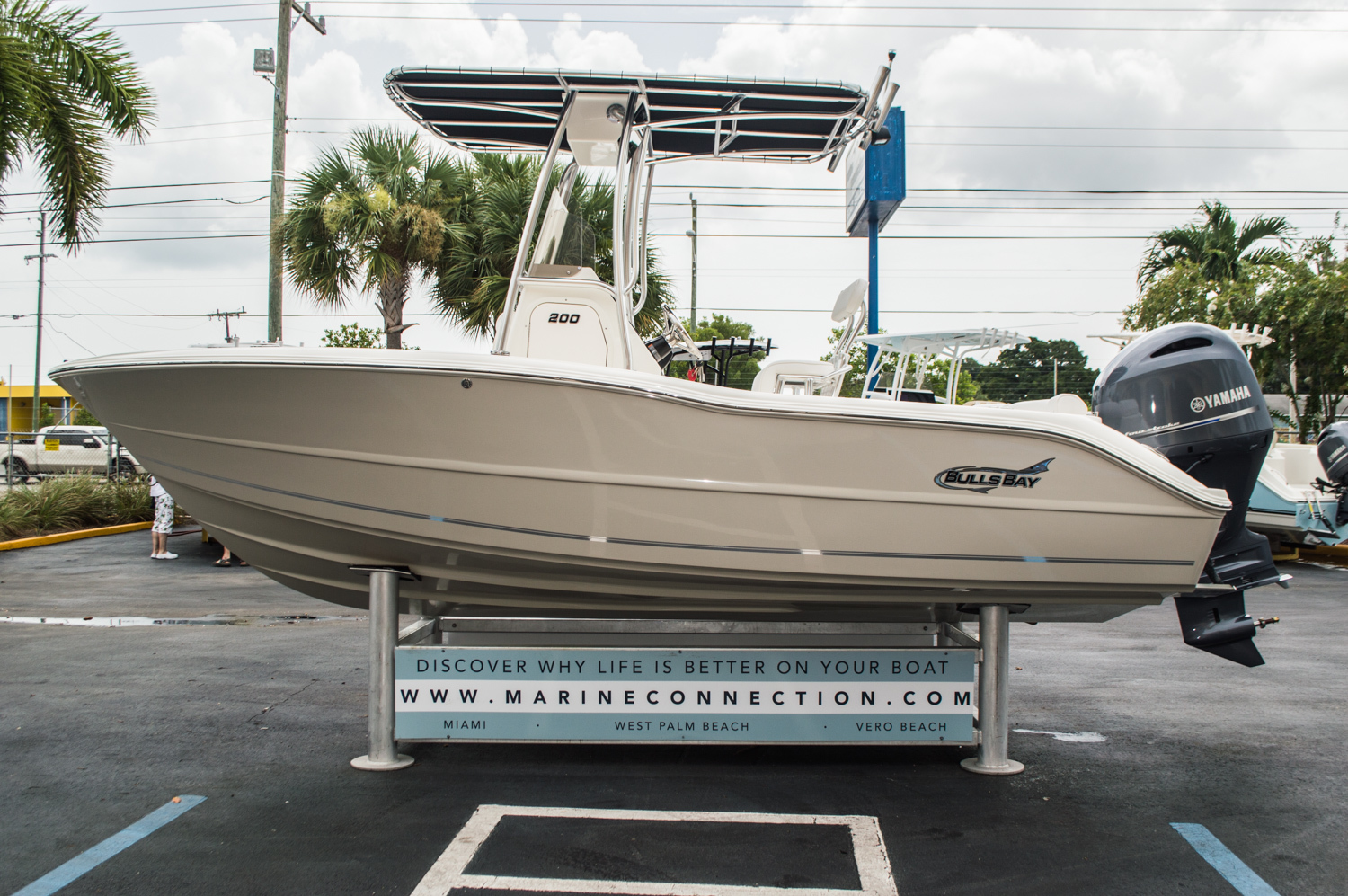 Thumbnail 4 for New 2016 Bulls Bay 200 CC Center Console boat for sale in Miami, FL