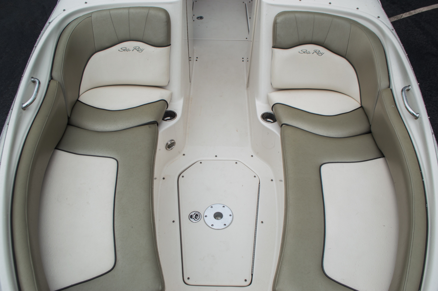 Thumbnail 10 for Used 2005 Sea Ray 240 Sundeck boat for sale in West Palm Beach, FL