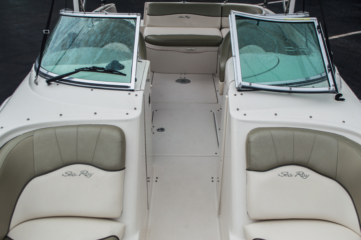 Thumbnail 11 for Used 2005 Sea Ray 240 Sundeck boat for sale in West Palm Beach, FL