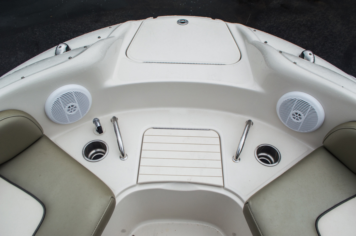 Thumbnail 16 for Used 2005 Sea Ray 240 Sundeck boat for sale in West Palm Beach, FL