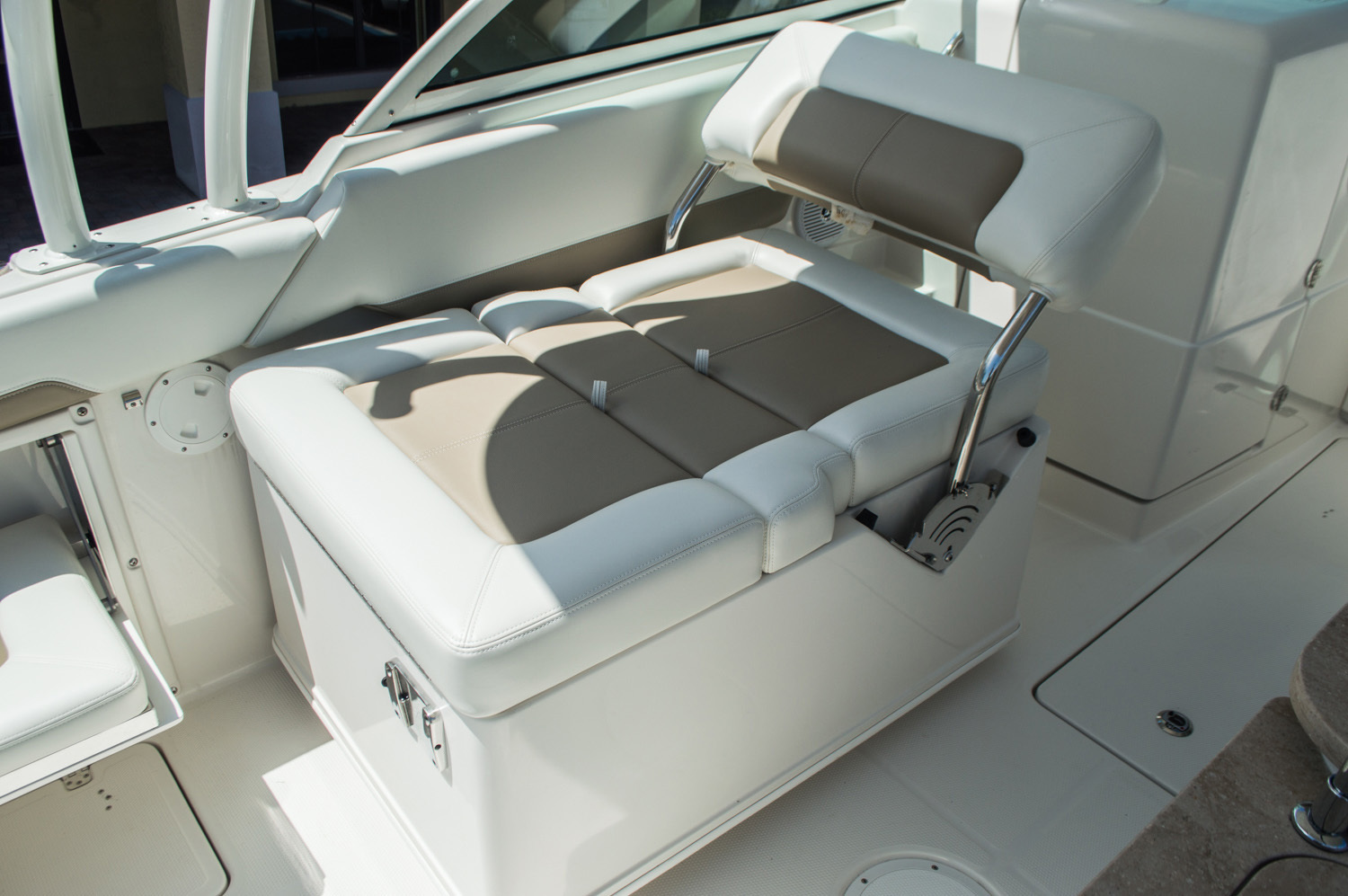Thumbnail 42 for New 2016 Sailfish 275 Dual Console boat for sale in West Palm Beach, FL