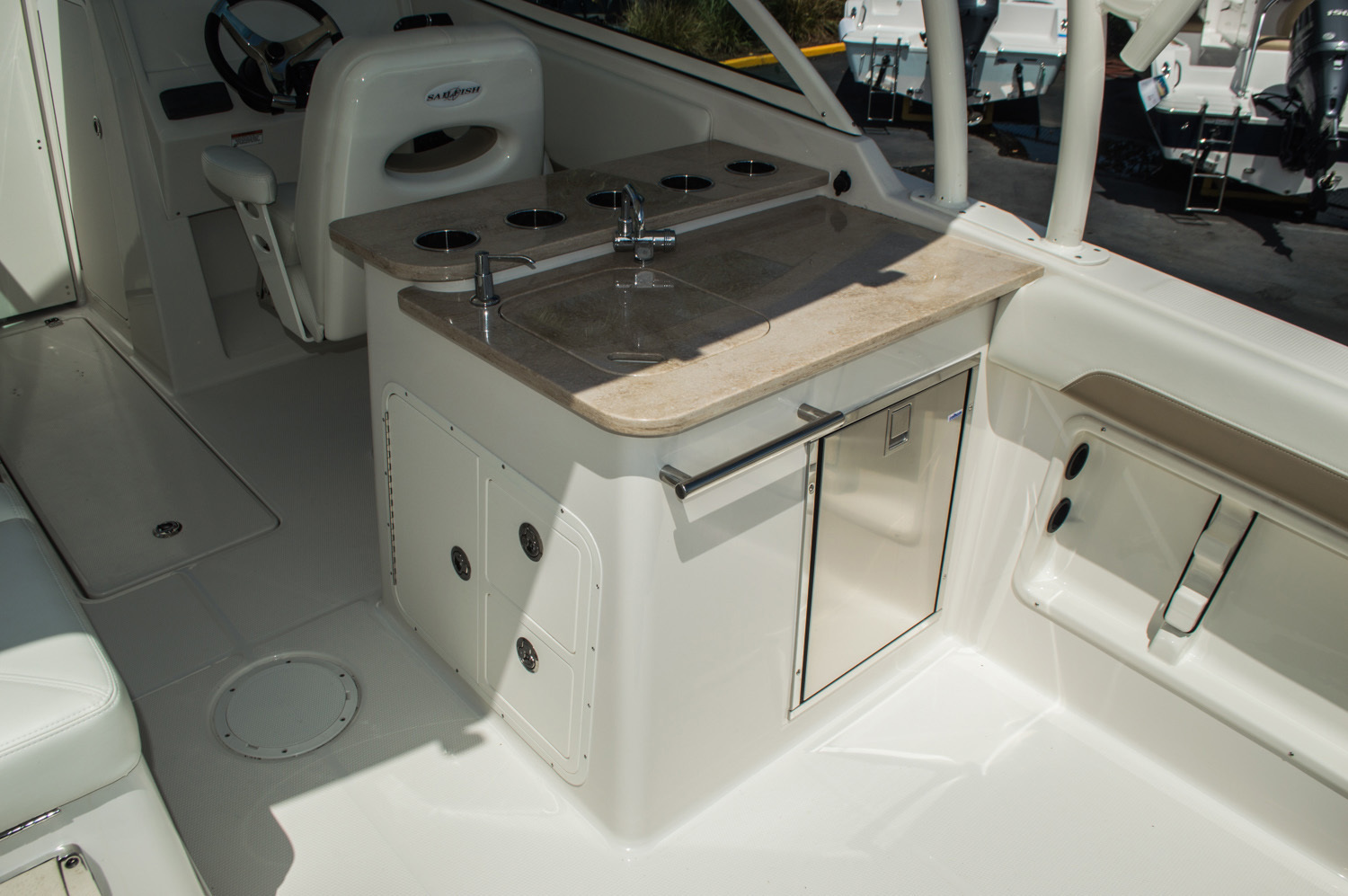 Thumbnail 46 for New 2016 Sailfish 275 Dual Console boat for sale in West Palm Beach, FL