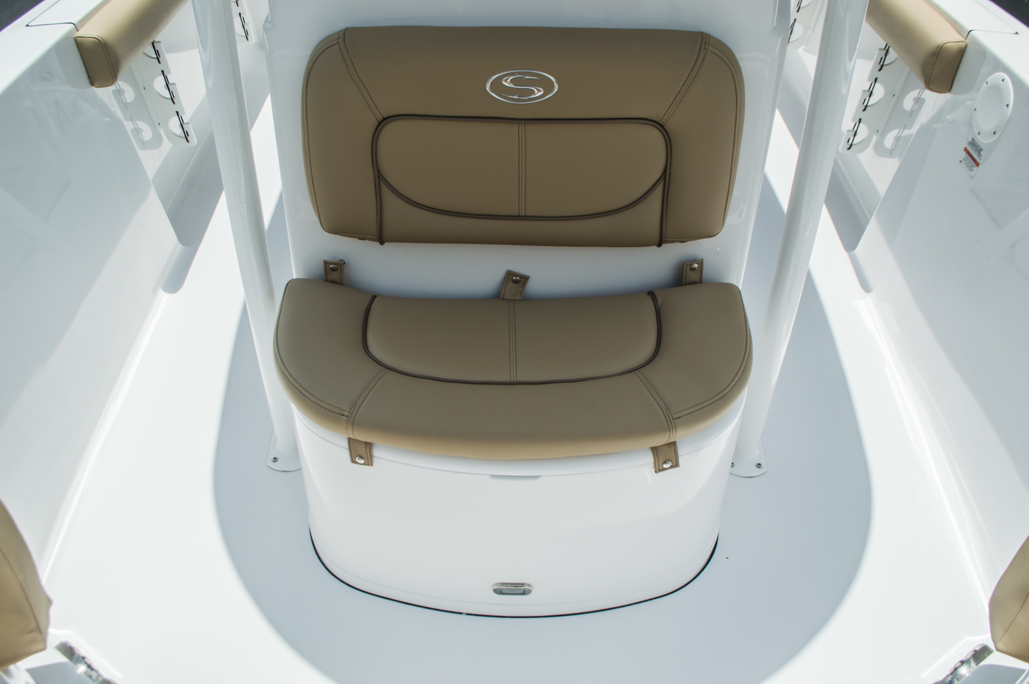 Thumbnail 20 for New 2016 Sportsman Heritage 231 Center Console boat for sale in West Palm Beach, FL