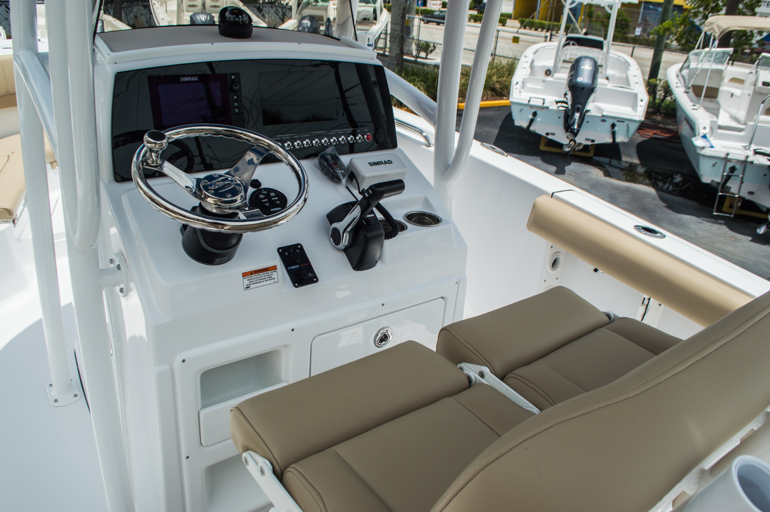 Thumbnail 24 for New 2016 Sportsman Heritage 231 Center Console boat for sale in West Palm Beach, FL