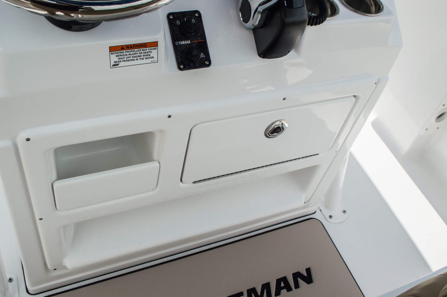 Thumbnail 34 for New 2016 Sportsman Heritage 231 Center Console boat for sale in West Palm Beach, FL
