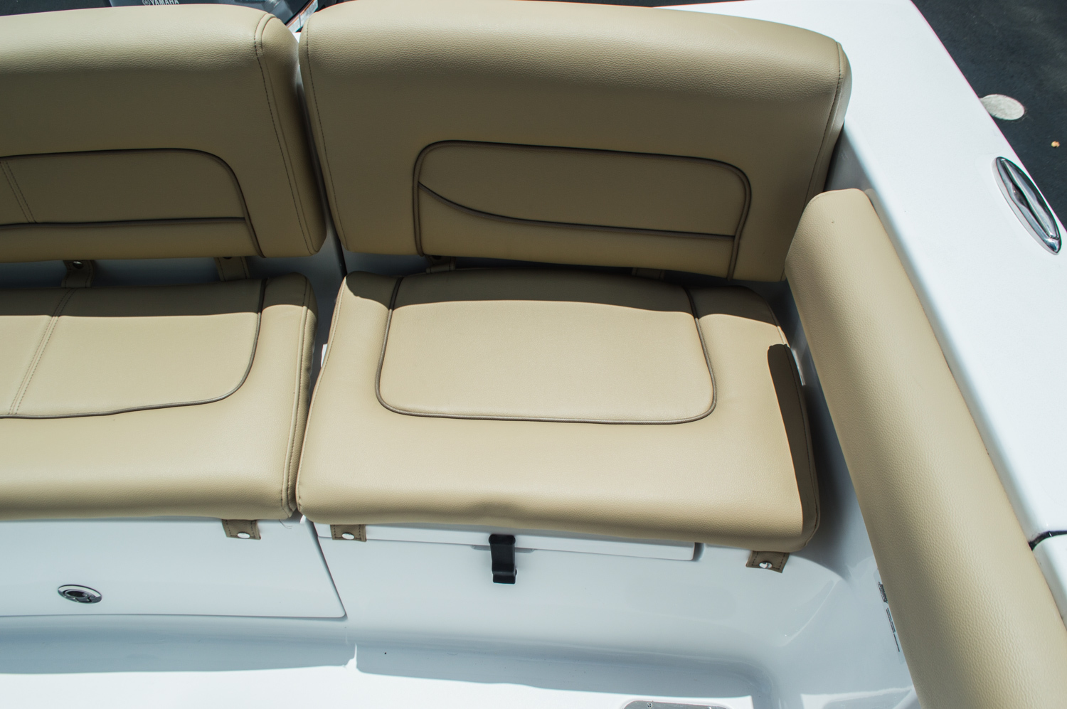 Thumbnail 44 for New 2016 Sportsman Heritage 231 Center Console boat for sale in West Palm Beach, FL