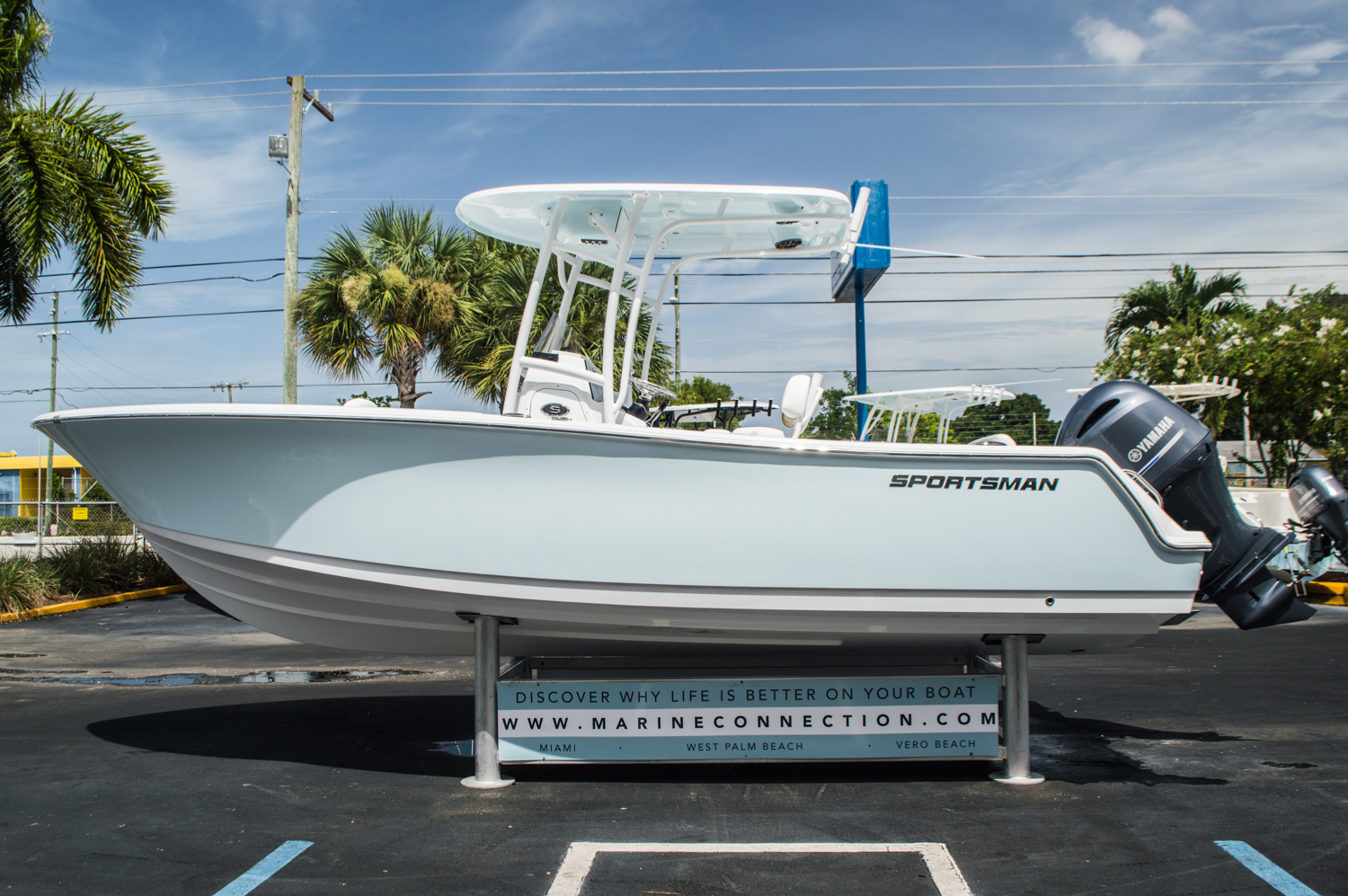 Thumbnail 4 for New 2016 Sportsman Open 232 Center Console boat for sale in West Palm Beach, FL