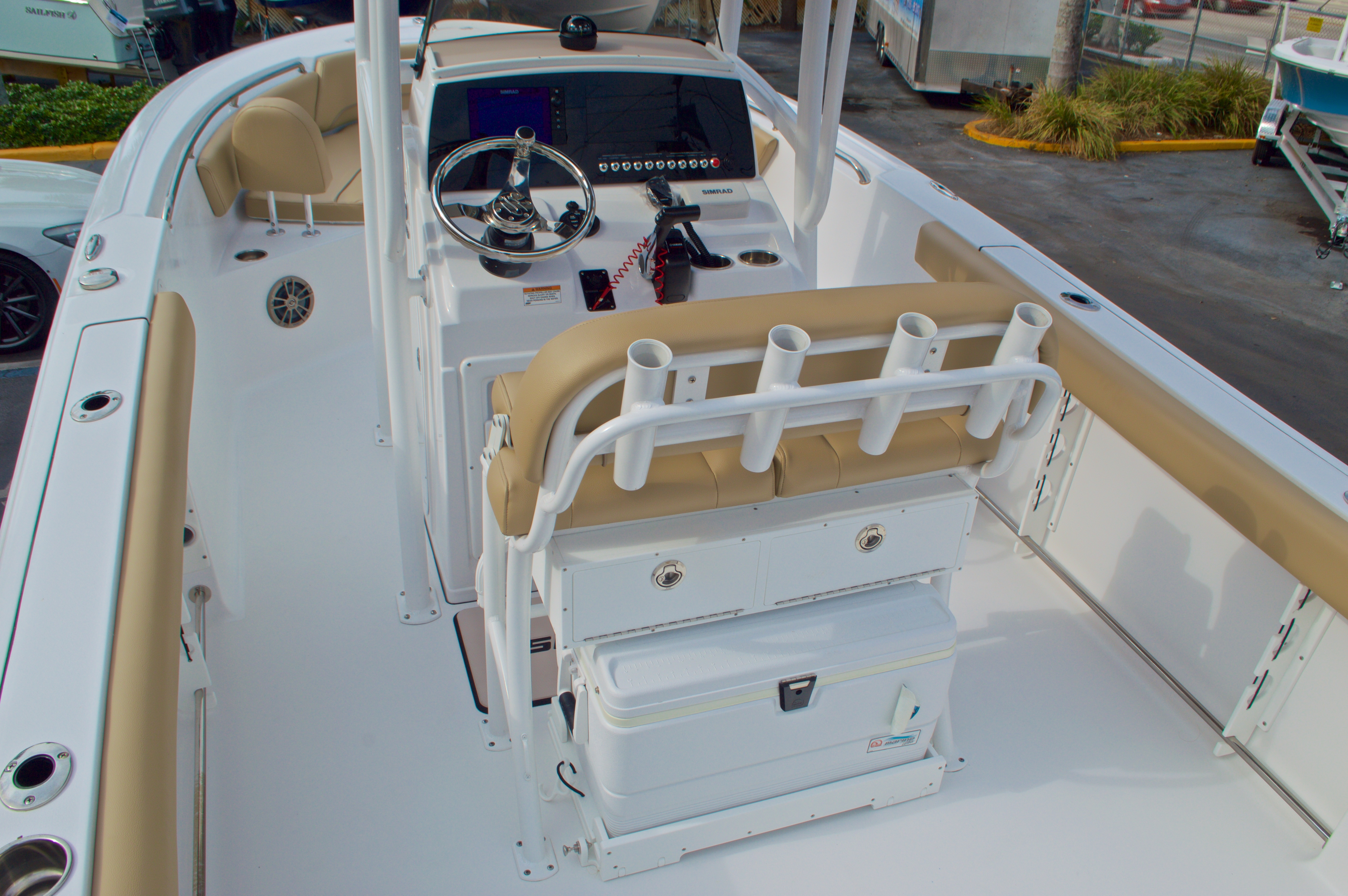 Thumbnail 10 for New 2016 Sportsman Open 232 Center Console boat for sale in Vero Beach, FL