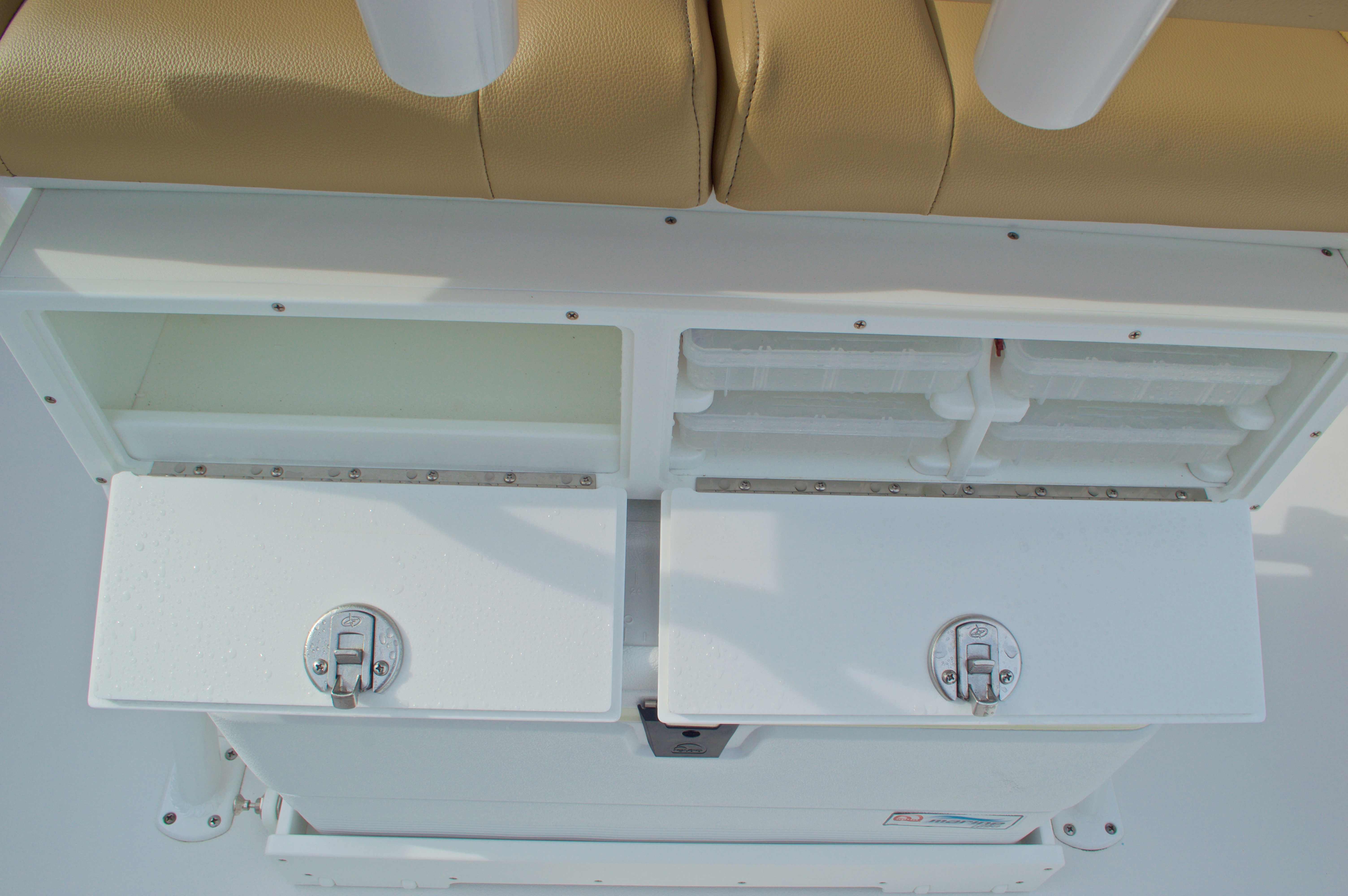 Thumbnail 23 for New 2016 Sportsman Open 232 Center Console boat for sale in Vero Beach, FL