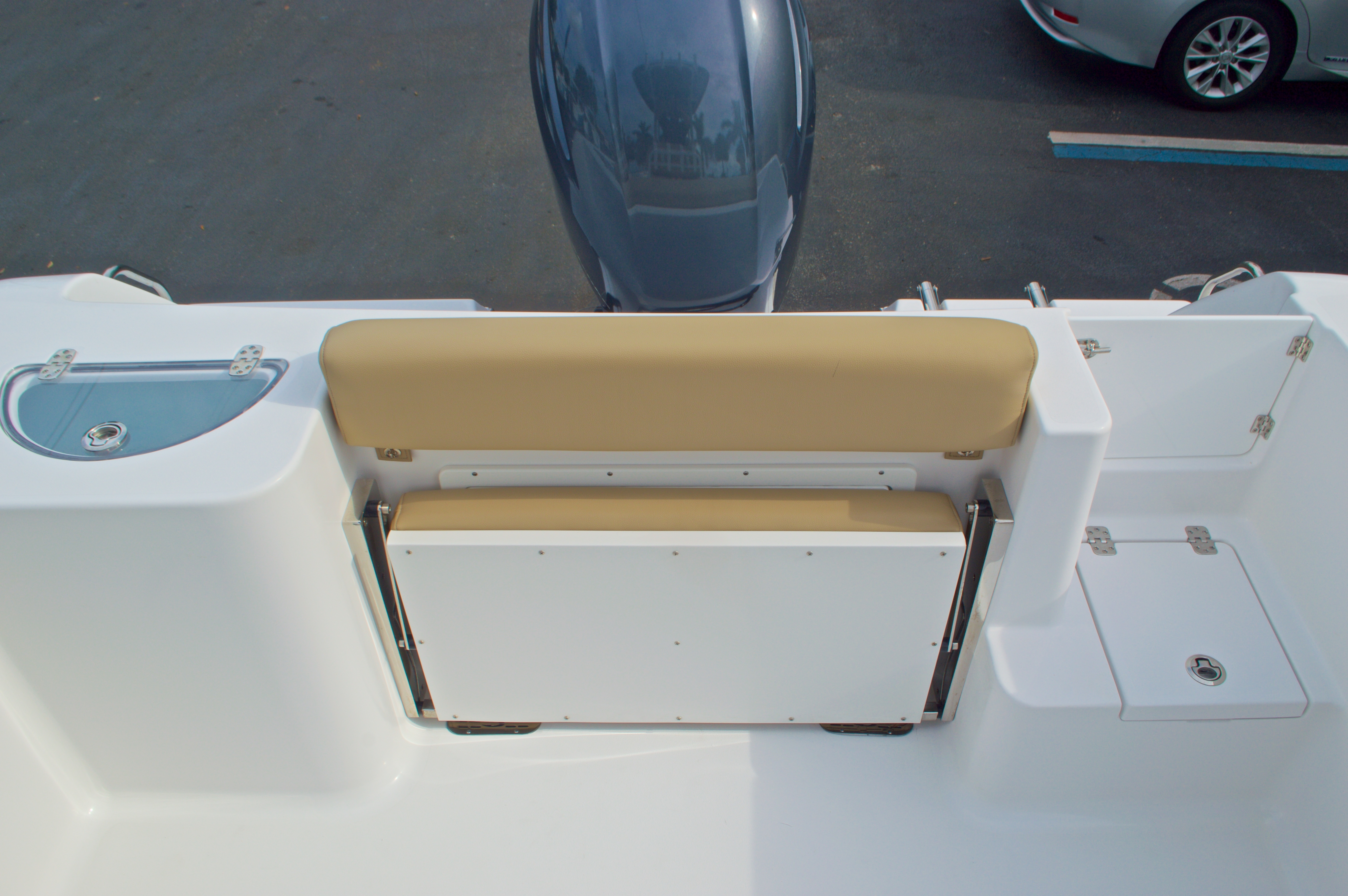 Thumbnail 13 for New 2016 Sportsman Open 232 Center Console boat for sale in Vero Beach, FL