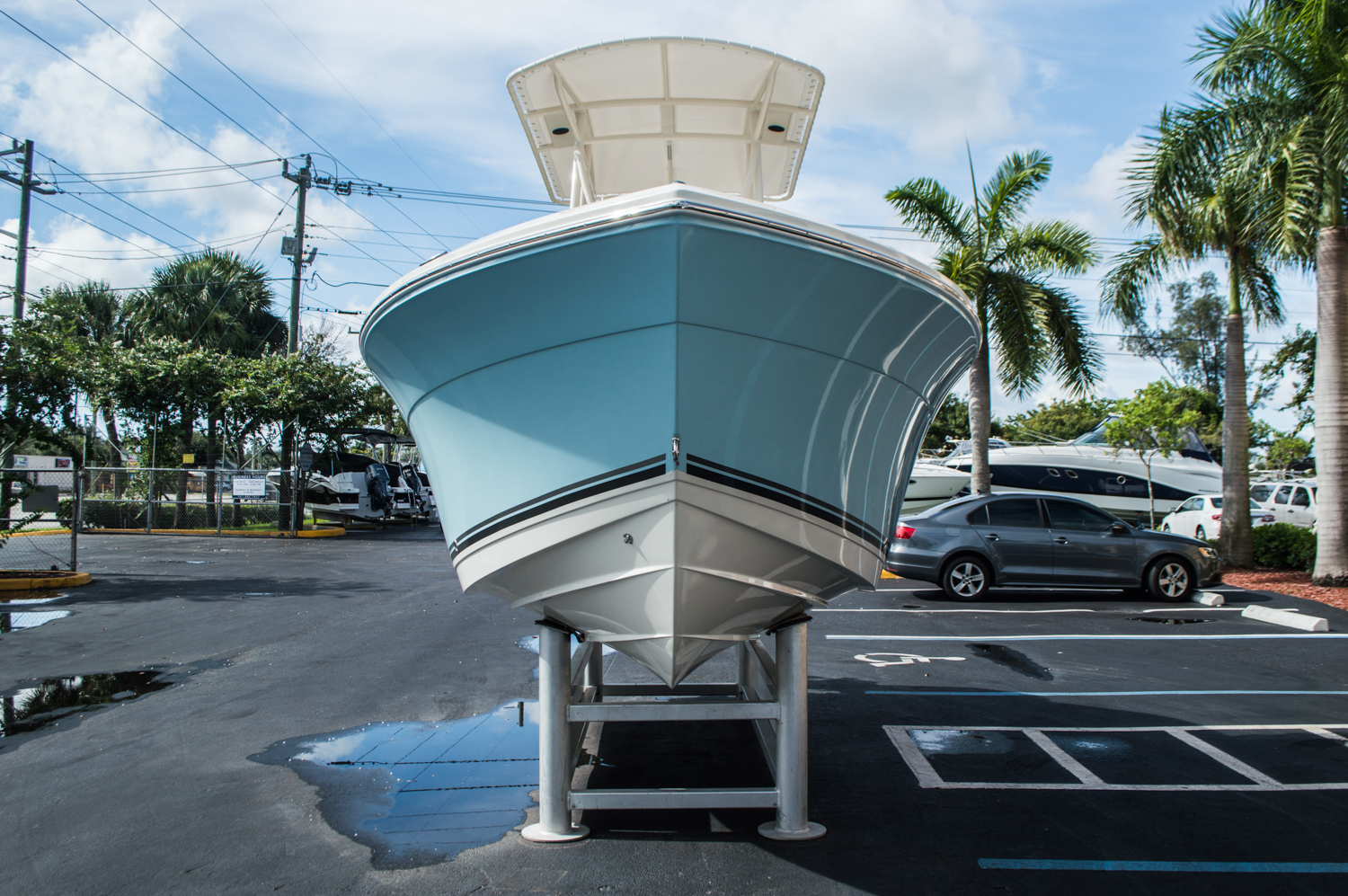 Thumbnail 2 for New 2016 Cobia 201 Center Console boat for sale in West Palm Beach, FL