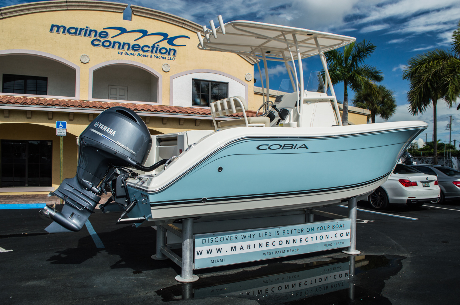Thumbnail 7 for New 2016 Cobia 201 Center Console boat for sale in West Palm Beach, FL