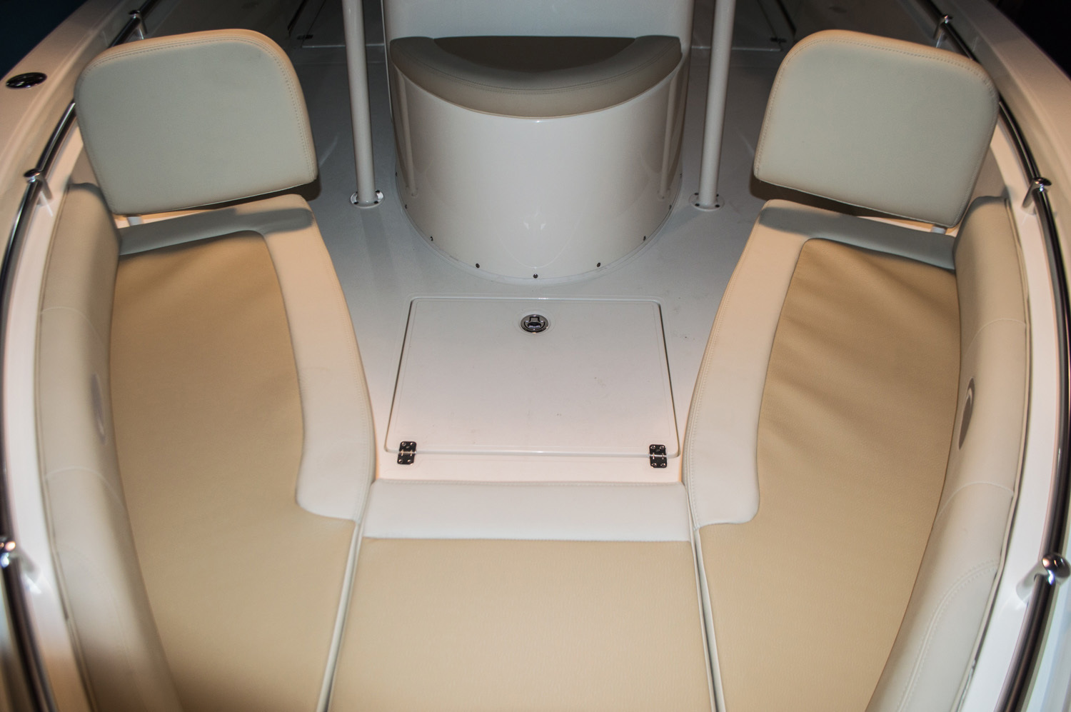 Thumbnail 13 for New 2016 Cobia 256 Center Console boat for sale in West Palm Beach, FL