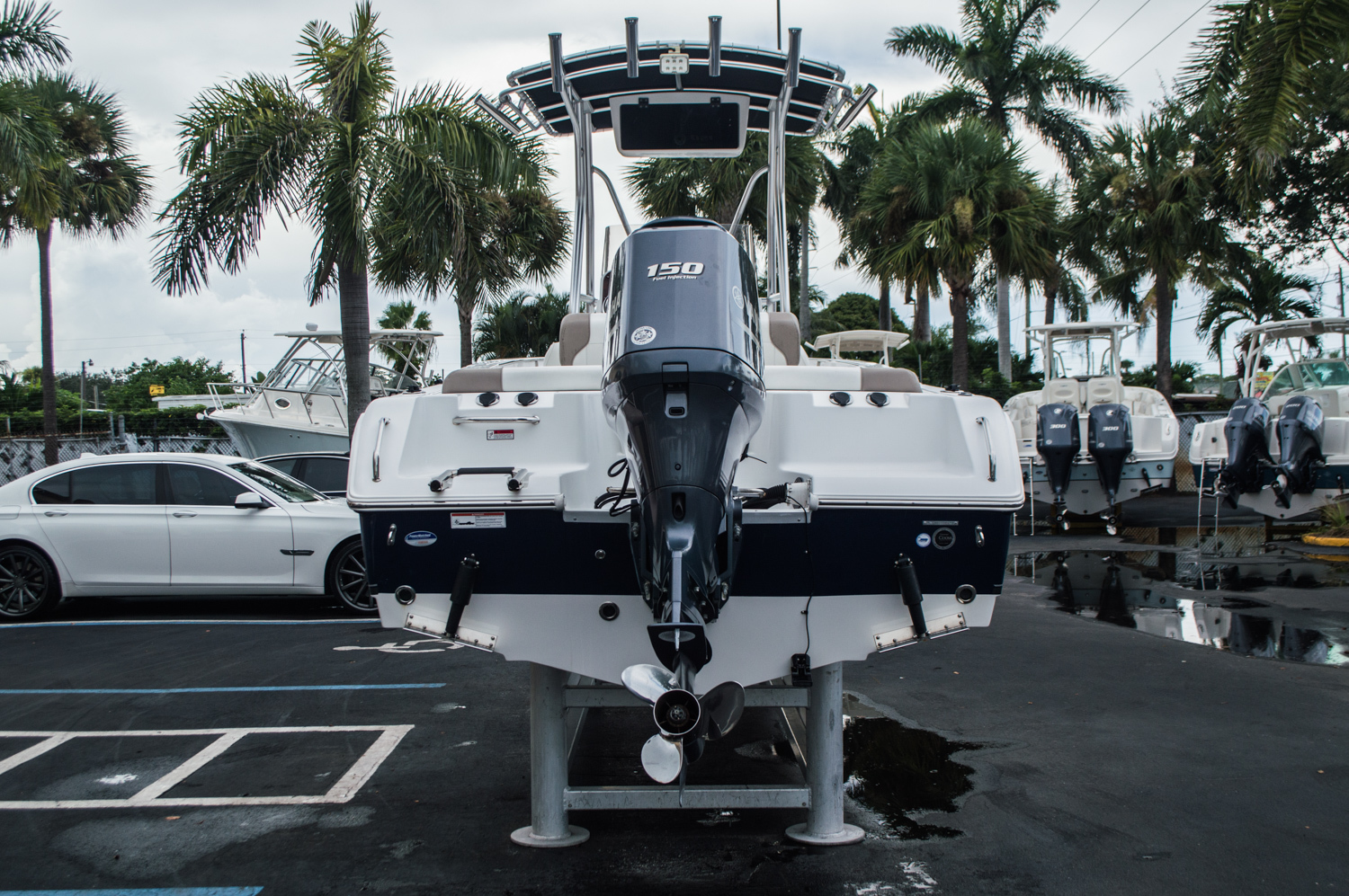 Thumbnail 6 for Used 2012 Sea Hunt 211 Ultra boat for sale in West Palm Beach, FL