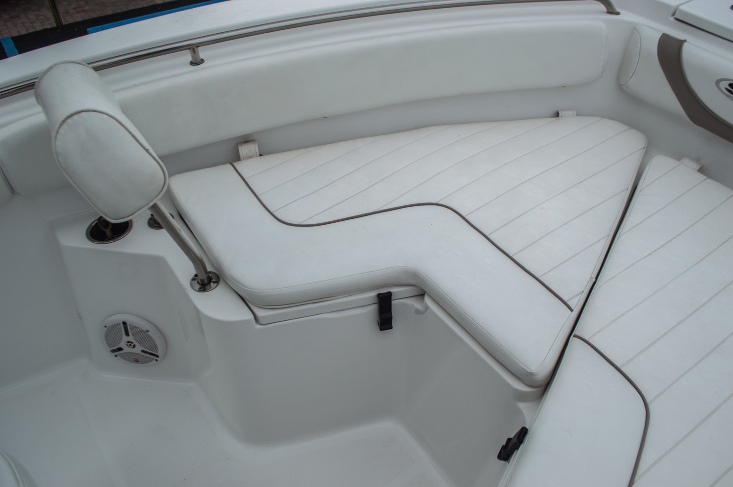 Thumbnail 11 for Used 2012 Sea Hunt 211 Ultra boat for sale in West Palm Beach, FL
