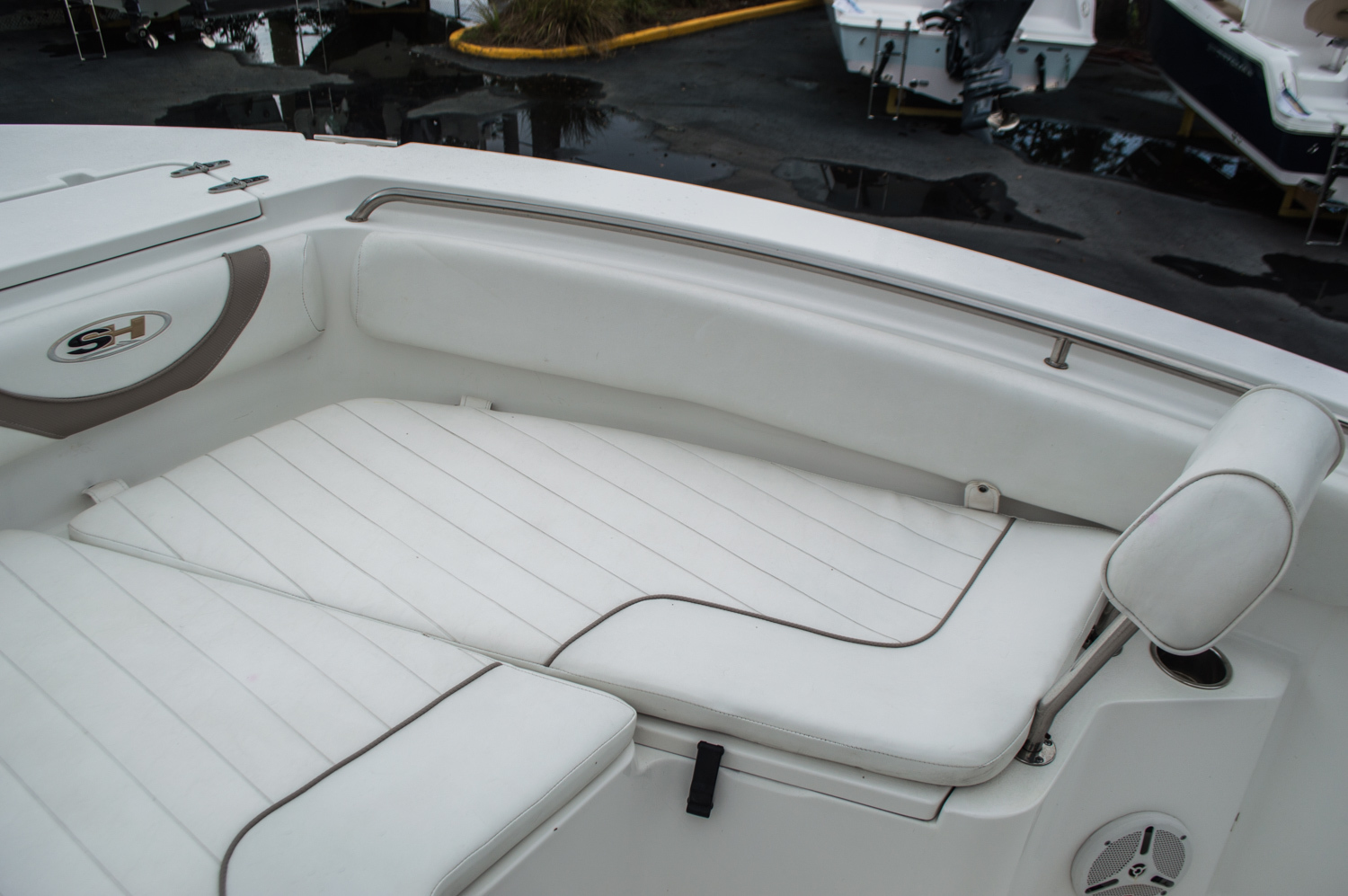 Thumbnail 13 for Used 2012 Sea Hunt 211 Ultra boat for sale in West Palm Beach, FL