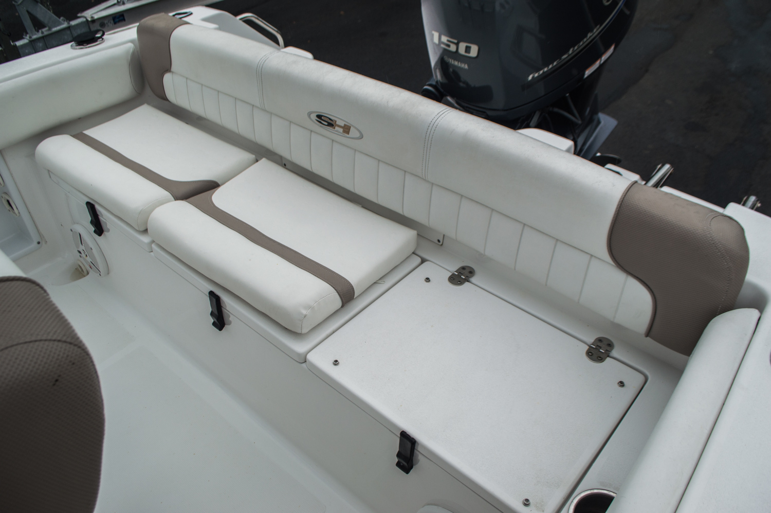 Thumbnail 33 for Used 2012 Sea Hunt 211 Ultra boat for sale in West Palm Beach, FL