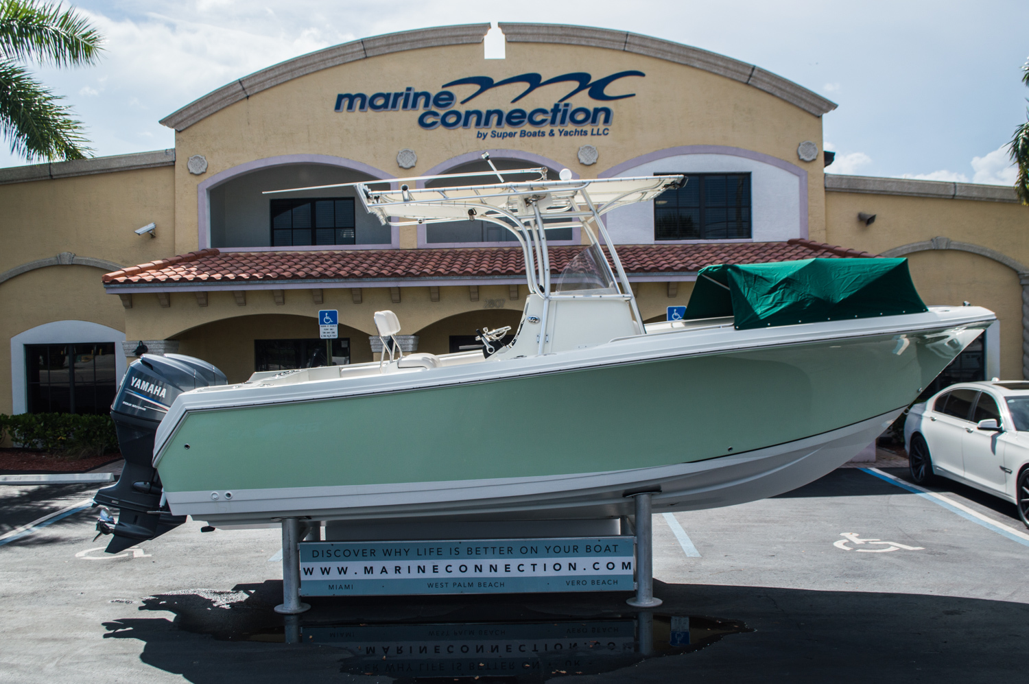 Thumbnail 8 for Used 2006 Sailfish 2360 CC Center Console boat for sale in West Palm Beach, FL