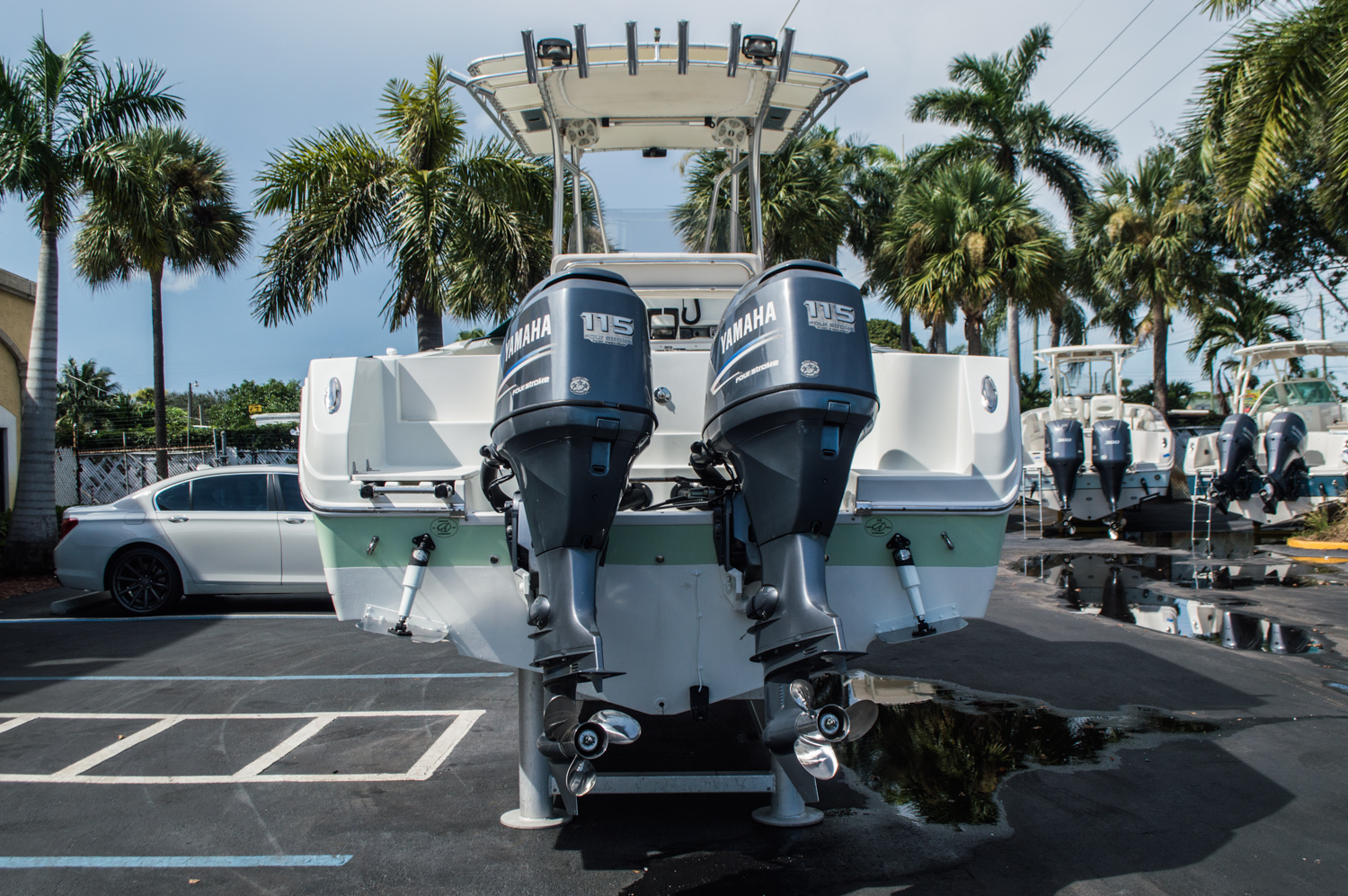 Thumbnail 14 for Used 2006 Sailfish 2360 CC Center Console boat for sale in West Palm Beach, FL