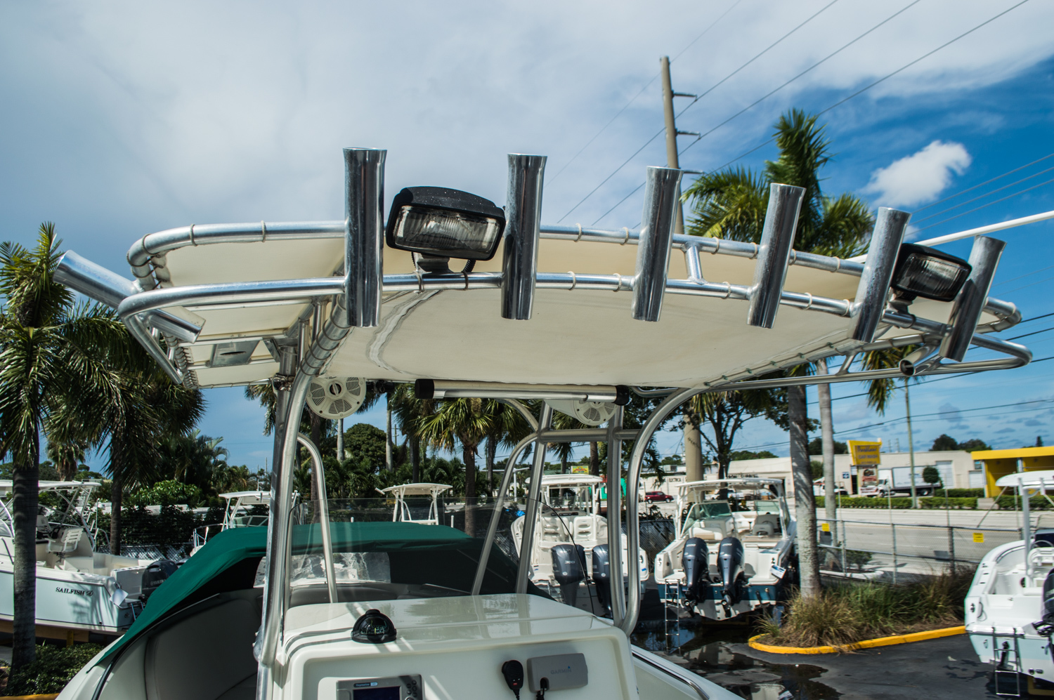 Thumbnail 17 for Used 2006 Sailfish 2360 CC Center Console boat for sale in West Palm Beach, FL