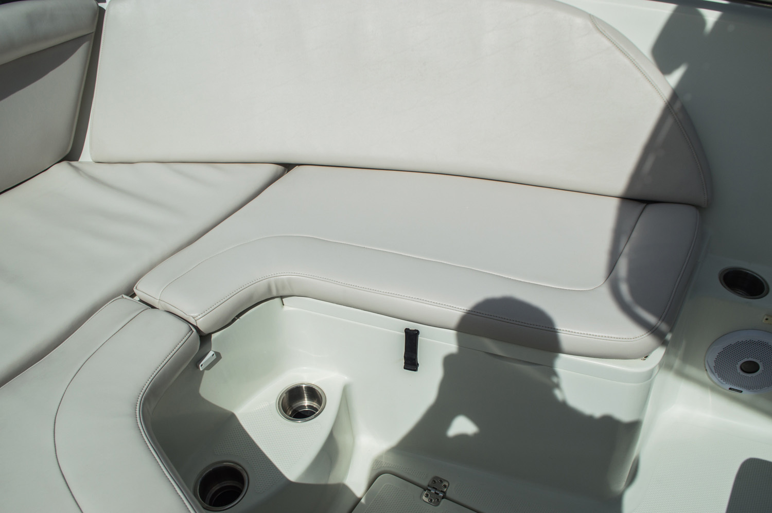 Thumbnail 24 for Used 2006 Sailfish 2360 CC Center Console boat for sale in West Palm Beach, FL