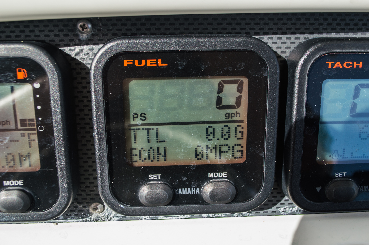 Thumbnail 45 for Used 2006 Sailfish 2360 CC Center Console boat for sale in West Palm Beach, FL