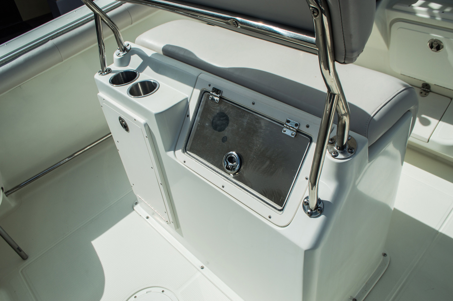 Thumbnail 51 for Used 2006 Sailfish 2360 CC Center Console boat for sale in West Palm Beach, FL