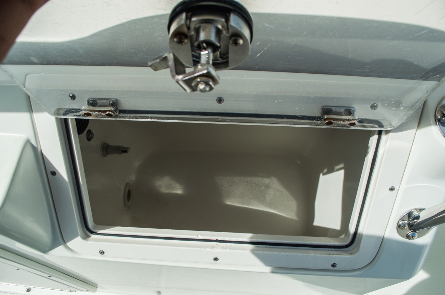 Thumbnail 52 for Used 2006 Sailfish 2360 CC Center Console boat for sale in West Palm Beach, FL