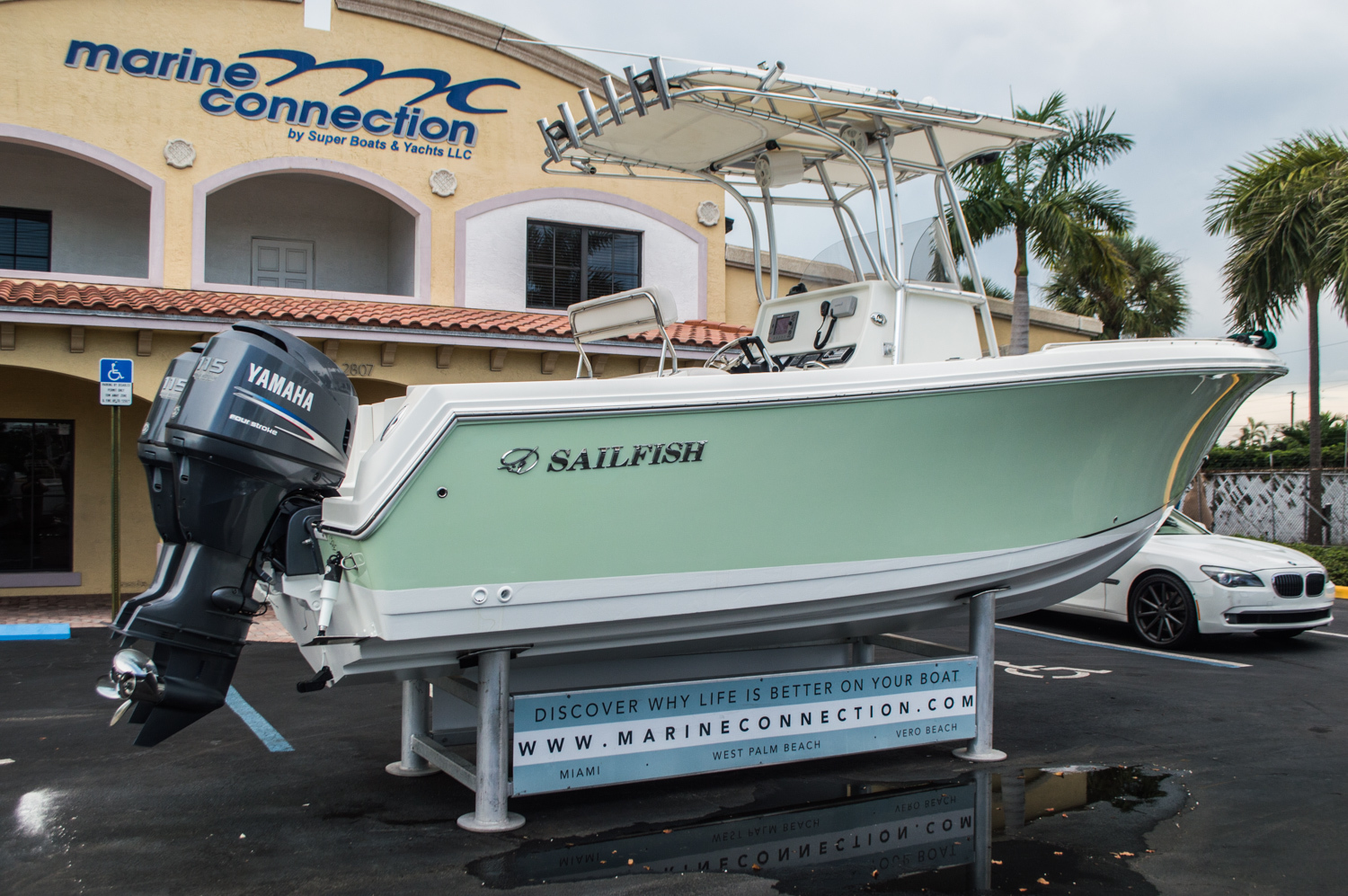 Thumbnail 7 for Used 2006 Sailfish 2360 CC Center Console boat for sale in West Palm Beach, FL