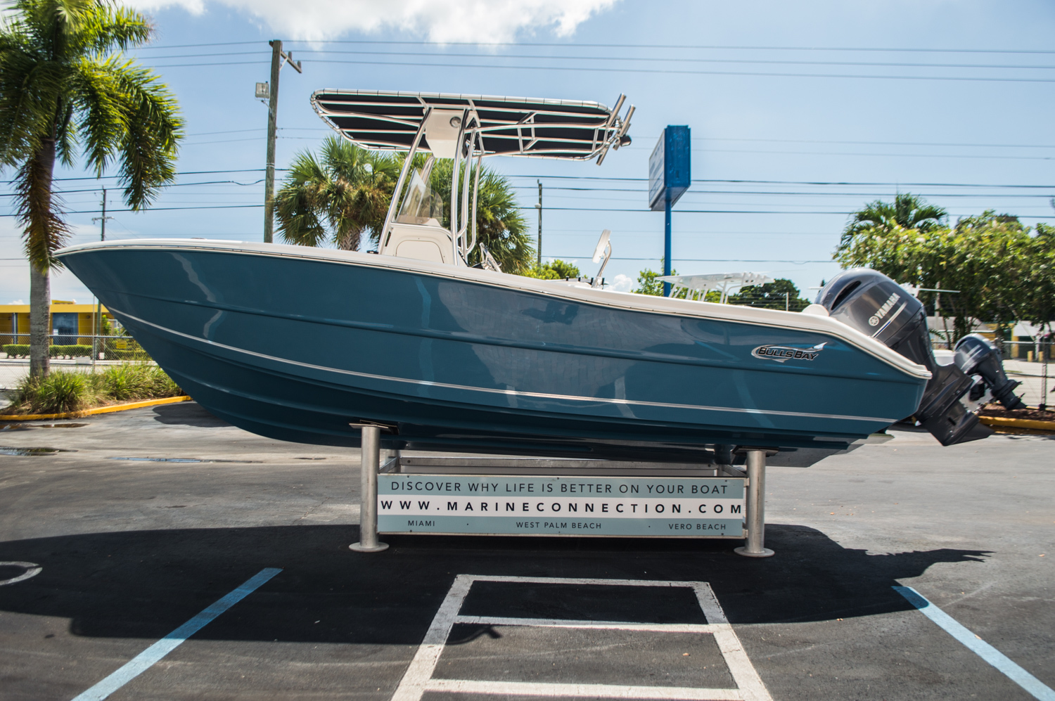 Thumbnail 4 for New 2016 Bulls Bay 230 CC Center Console boat for sale in West Palm Beach, FL