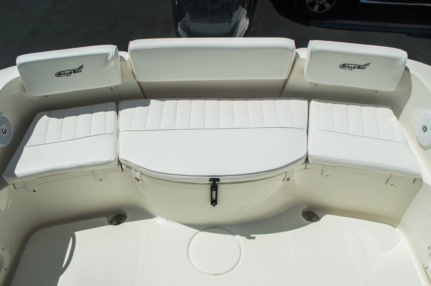 Thumbnail 27 for New 2016 Bulls Bay 230 CC Center Console boat for sale in West Palm Beach, FL