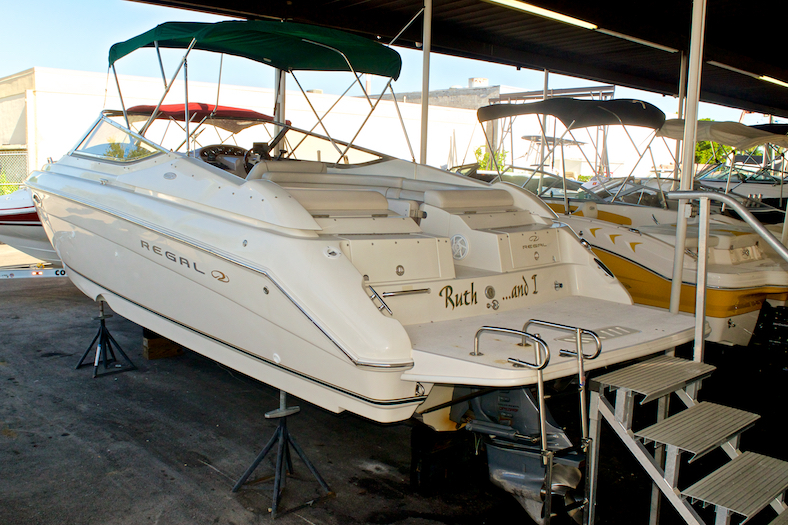 Thumbnail 1 for Used 2002 Regal 2900 LSR Bowrider boat for sale in Miami, FL