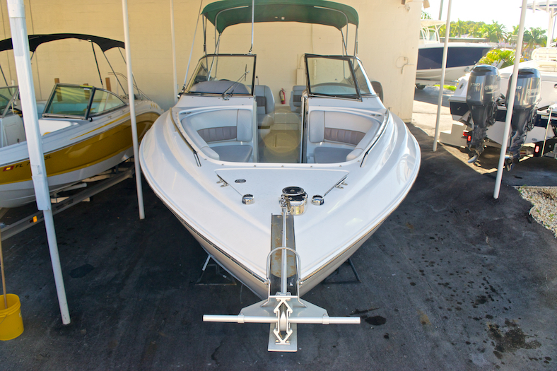 Thumbnail 4 for Used 2002 Regal 2900 LSR Bowrider boat for sale in Miami, FL