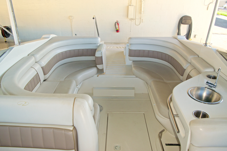Thumbnail 11 for Used 2002 Regal 2900 LSR Bowrider boat for sale in Miami, FL