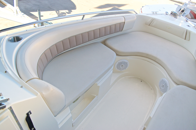 Thumbnail 21 for Used 2002 Regal 2900 LSR Bowrider boat for sale in Miami, FL