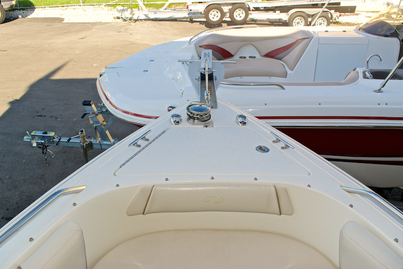 Thumbnail 23 for Used 2002 Regal 2900 LSR Bowrider boat for sale in Miami, FL