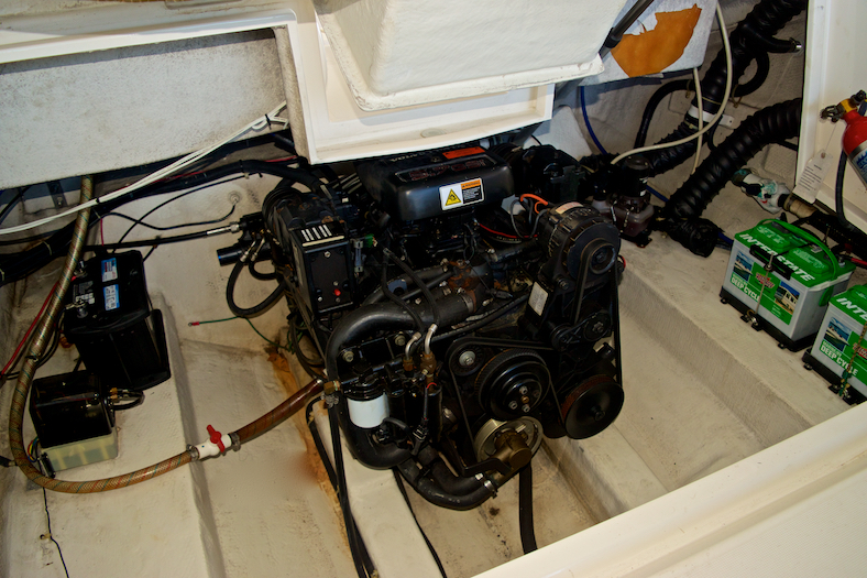 Thumbnail 26 for Used 2002 Regal 2900 LSR Bowrider boat for sale in Miami, FL