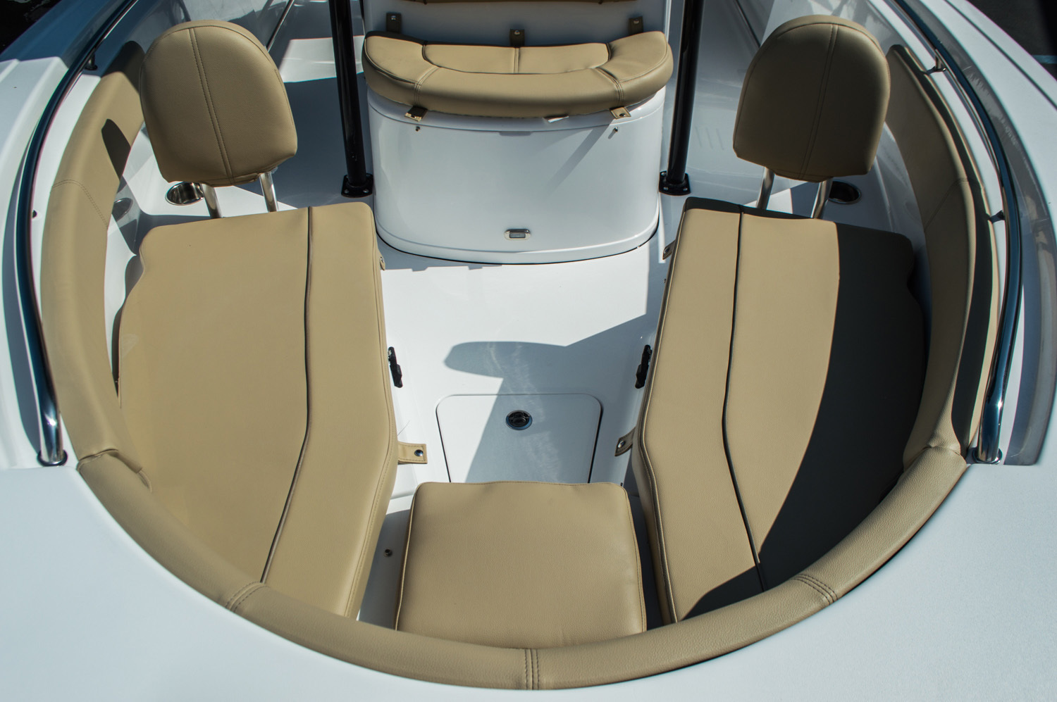 Thumbnail 12 for New 2016 Sportsman Open 212 Center Console boat for sale in West Palm Beach, FL