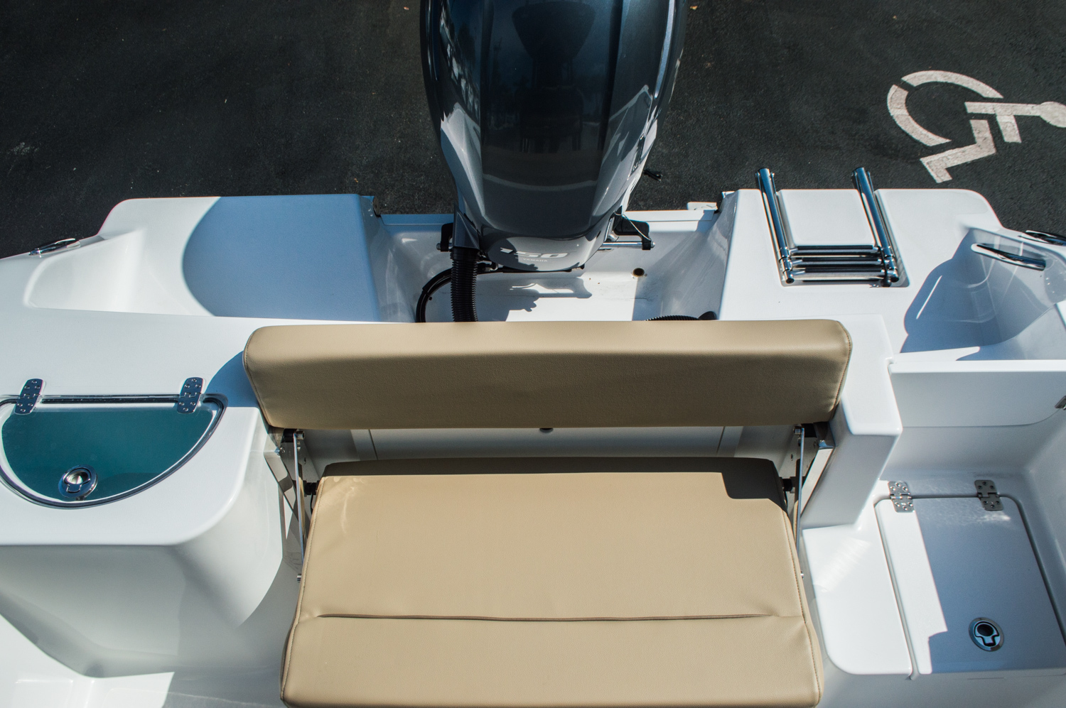 Thumbnail 40 for New 2016 Sportsman Open 212 Center Console boat for sale in West Palm Beach, FL