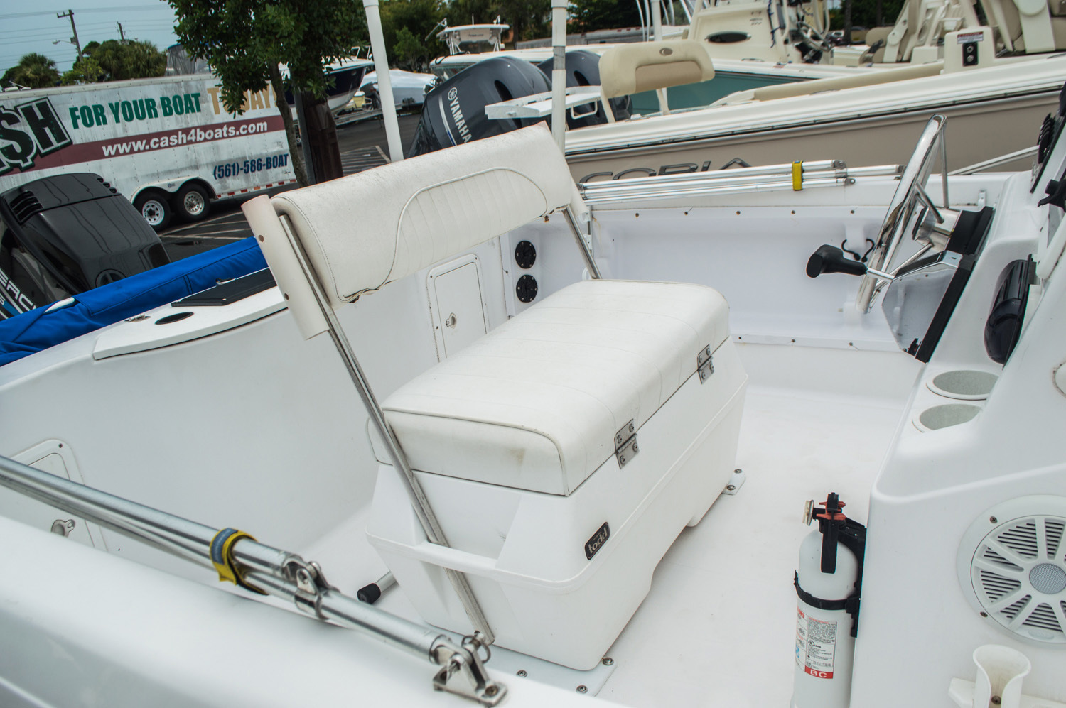 Thumbnail 6 for Used 1999 Pro-Line 190 CC Center Console boat for sale in West Palm Beach, FL