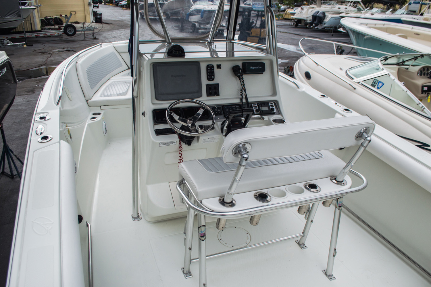 Thumbnail 5 for Used 2007 Sailfish 2360 CC Center Console boat for sale in West Palm Beach, FL