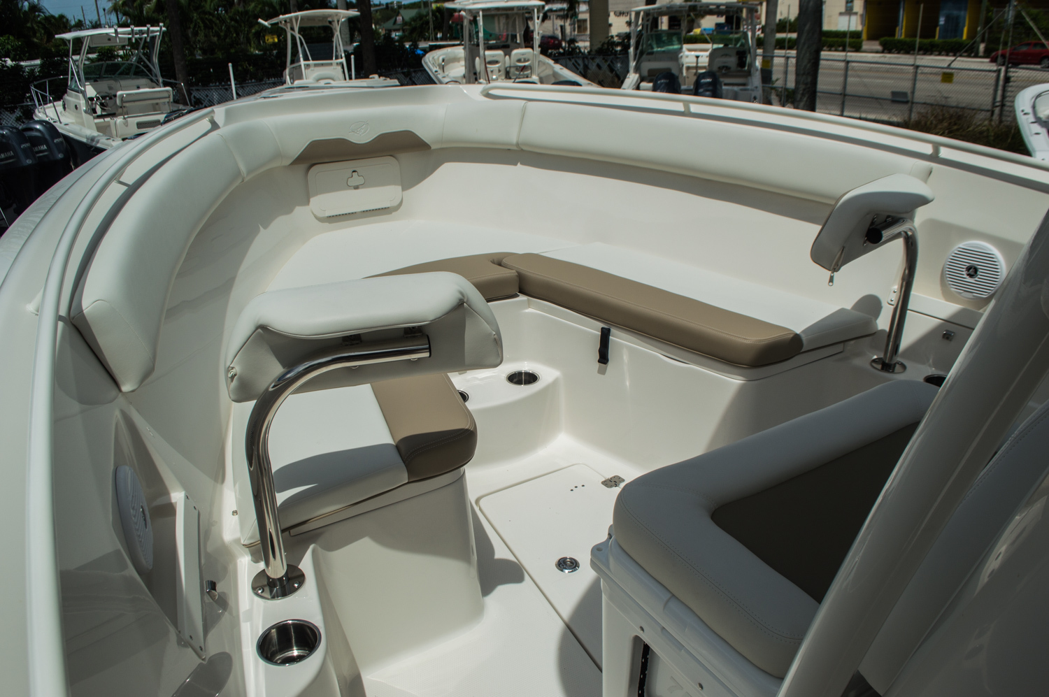 Thumbnail 10 for New 2016 Sailfish 270 CC Center Console boat for sale in West Palm Beach, FL