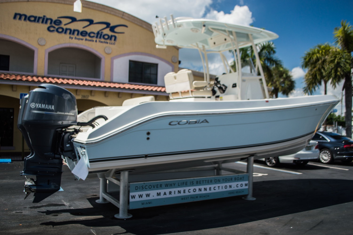 Thumbnail 7 for New 2015 Cobia 256 Center Console boat for sale in West Palm Beach, FL