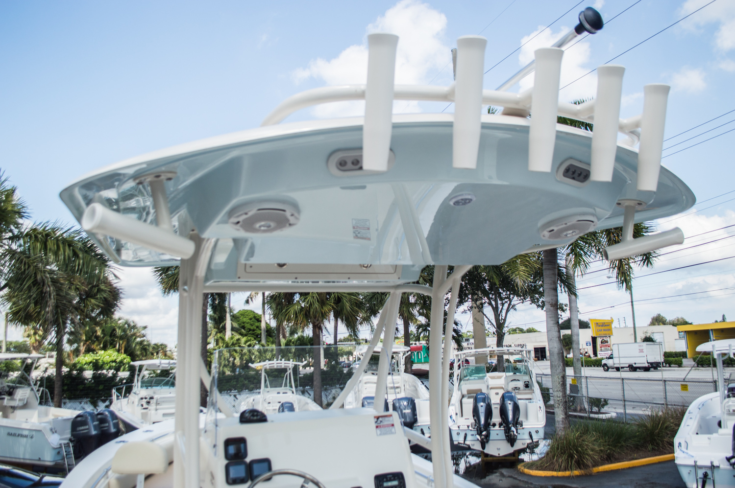 Thumbnail 10 for New 2015 Cobia 256 Center Console boat for sale in West Palm Beach, FL